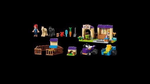 LEGO Friends Mia's Foal Stable 41361