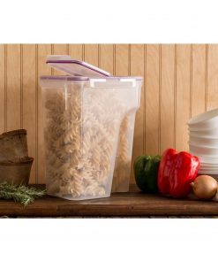 Snapware Airtight Food Storage 22.8-Cup Container with Fliptop Lid, Set of 4